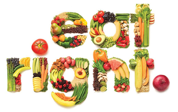 Eat Right spelled in fruits and vegetables